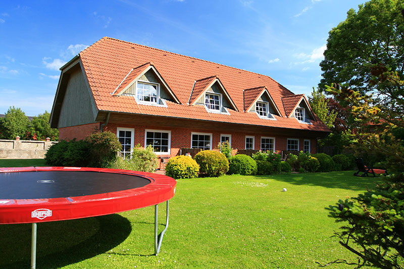 Unterkunft ferienwohnung auf bauernhof auf fehmarn - Bauernhof garten ...